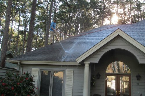 Top Roof Cleaner In Bluffton SC